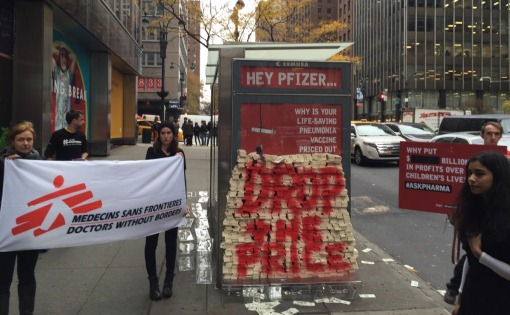 MSF dropped $17 million in fake money in front of Pfizer's headquarter - that's the amount the company makes on its pneumonia vaccine ervey day